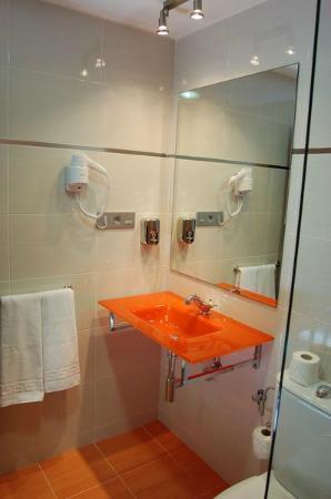 Mariami Hotel: Detalle Baño