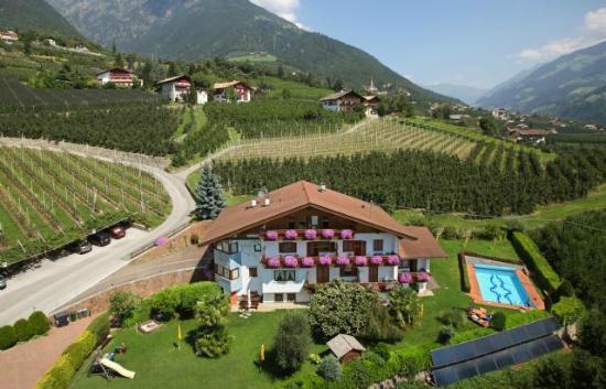 Residence Neuhof: vista del albergo
