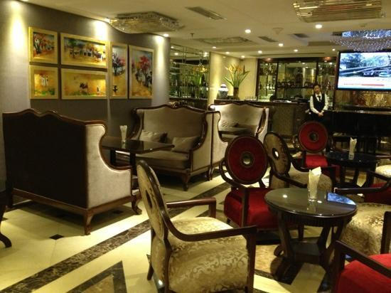 Golden Silk Boutique Hotel: cafe