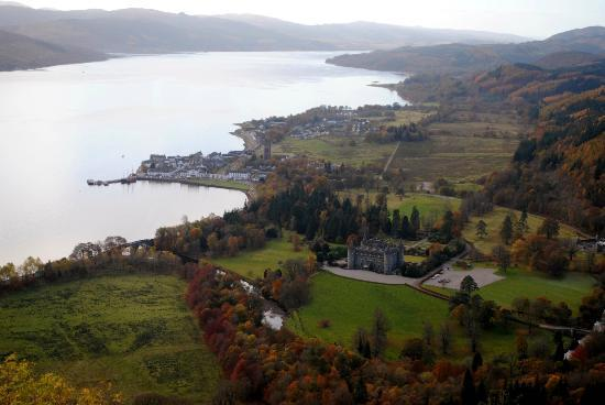 Solway House B & B: View of Inveraray and castle