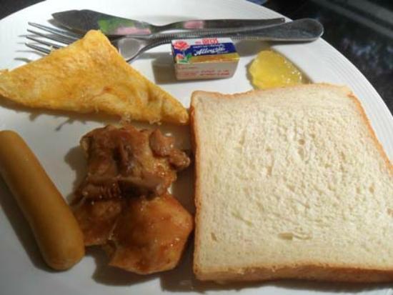 Bella Villa Prima Hotel: tasty buffet breakfast