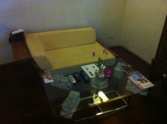 Casa Colombo: Sofa