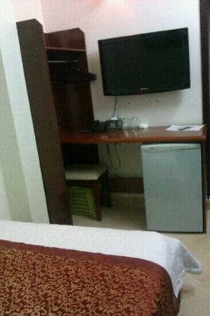 Bich Duyen Hotel: Zimmer