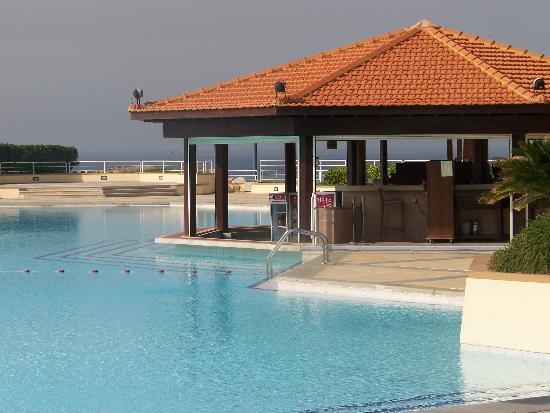 Mövenpick Hotel Beirut: piscine
