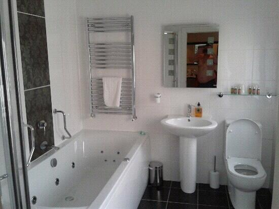 Stonegarth Guest House: bathroom room no3