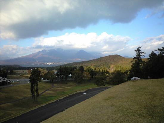 APA Resort Joetsu Myoko: ホテルから眺める妙高山