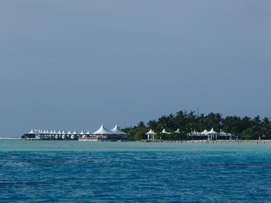 Cinnamon Hakuraa Huraa Maldives: Hotel