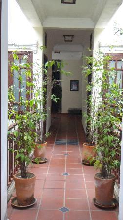 An Huy Hotel: Couloir du 1er étage