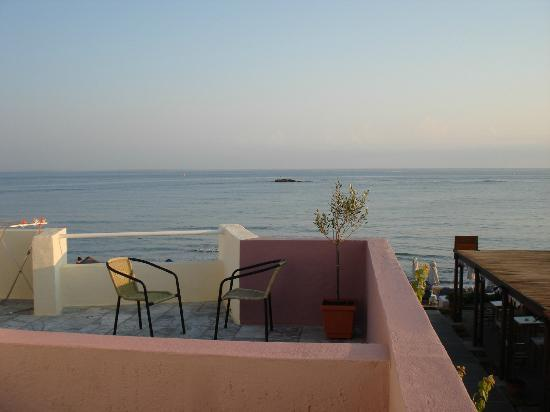 Talgo Hotel - Apartments: Aussicht vom Balkon