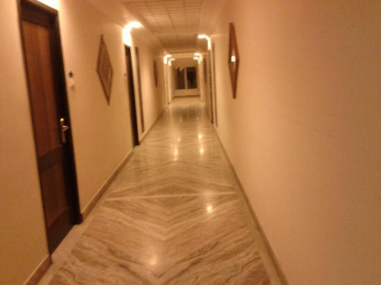 Star City Hotel & Serviced Apartments: CORRIDOR