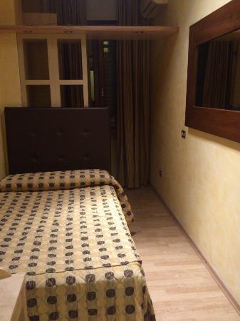 Hotel Accursio: Zweites Zimmer