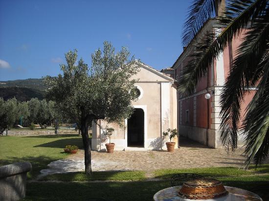 Agriturismo Le Carolee: De kapel op het landgoed