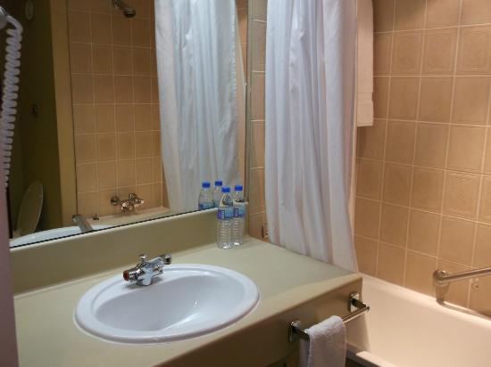 Sheraton Lagos Hotel: sink