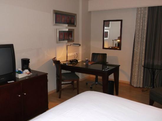 Sheraton Lagos Hotel: room