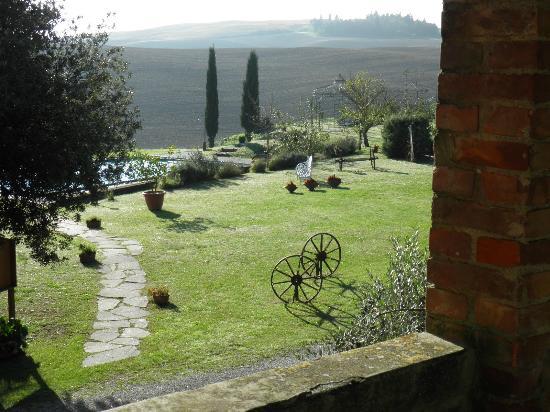 Agriturismo San Giorgio: verde molto curato
