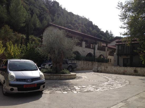Ayii Anargyri Natural Healing Spa: Hotel car park