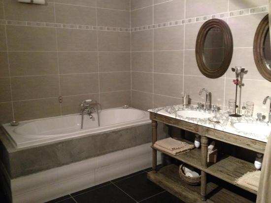 Le Clos Bel Ami : Salle de bain