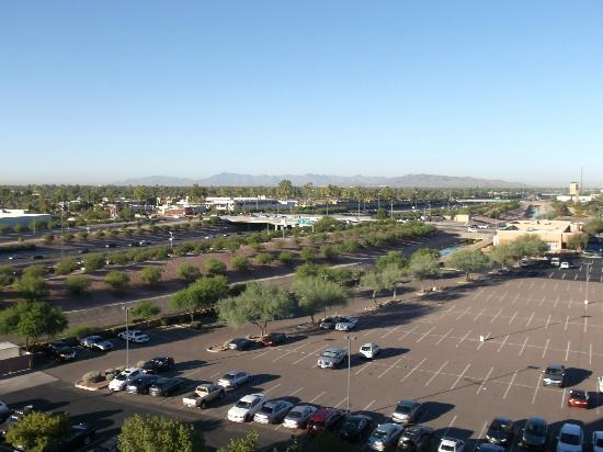 Hilton Phoenix/ Mesa: view to Phoenix