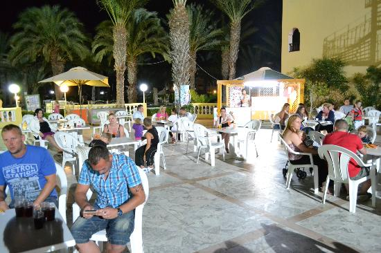 Houda Golf and Beach Club: Another of Patio Area