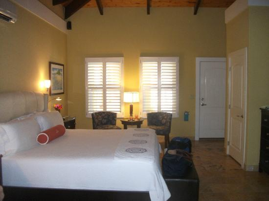 Lighthouse Bay Resort Hotel: room