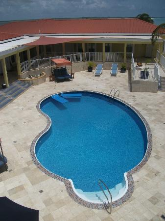 Lighthouse Bay Resort Hotel: pool