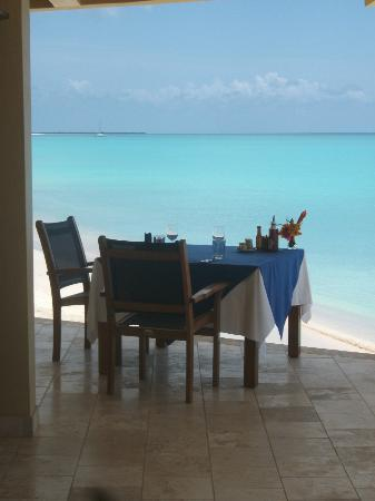 Lighthouse Bay Resort Hotel: breakfast and lunch with this fantastic view