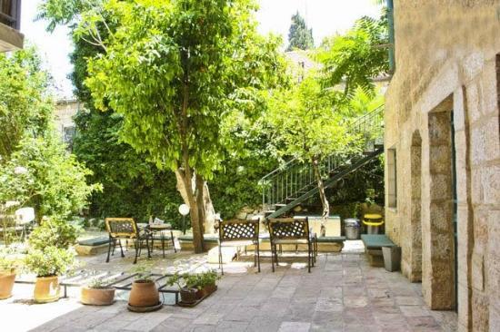 Magas House Jerusalem Vacation Accommodation: Outdoor