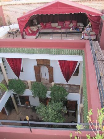 Riad El Zohar: Rooftop lounge