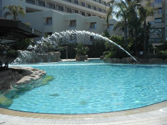 Capo Bay Hotel: Large 'family' pool