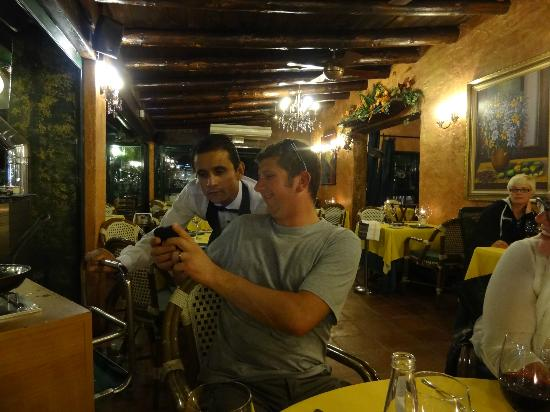 Restaurante Da Bruno a Cabopino : Staff / customer Interaction
