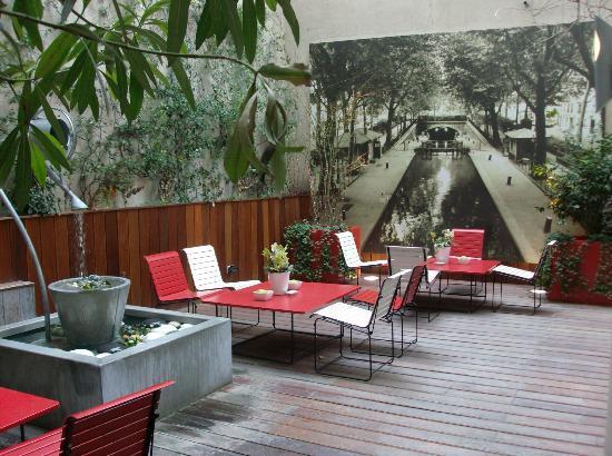 Ibis Paris Gare de Lyon Reuilly: le patio