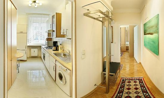 Central Apartments Vienna: 2018 Prices & Reviews (Austria ...