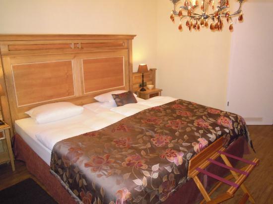 Ampervilla Hotel: Zimmer