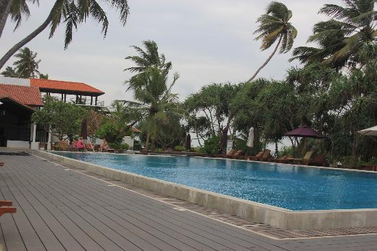 AVANI Bentota Resort & Spa: 1 of the pools