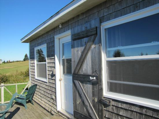 Grand Manan, Canada: Cottage # 1 on the deck
