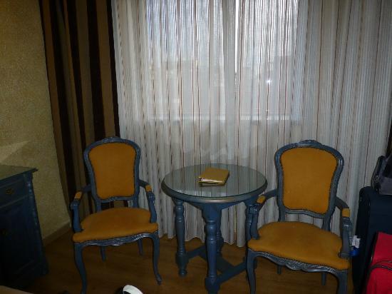 Salles Hotel Ciutat del Prat: Seating