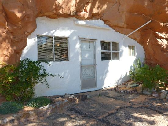 Hole 'N the Rock: Another entrance to the 5,000 square foot home