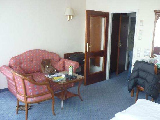 Hotel Am Parkring: Our double room