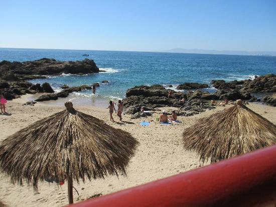 Lindo Mar Resort: the beach at Lindo Mar