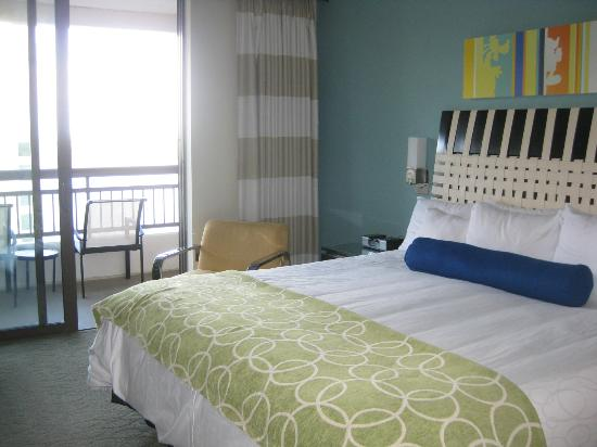 Bay Lake Tower at Disney's Contemporary Resort: Comfortable spacious bedroom with big master bathroom.