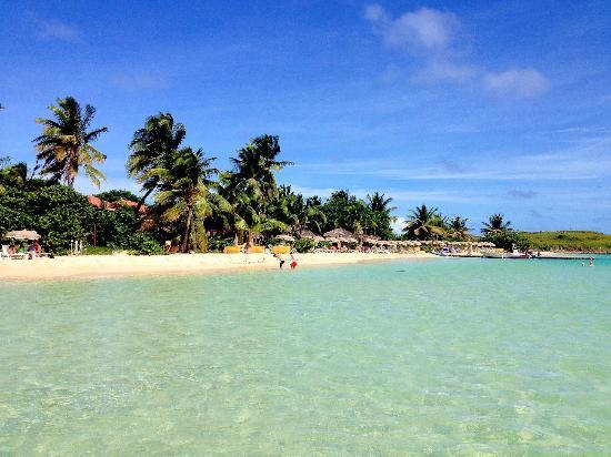 Belair Beach Hotel: Pinel Island