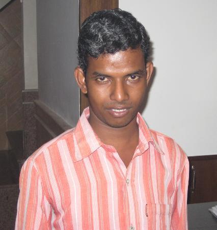 Hotel Amax Inn: staff member