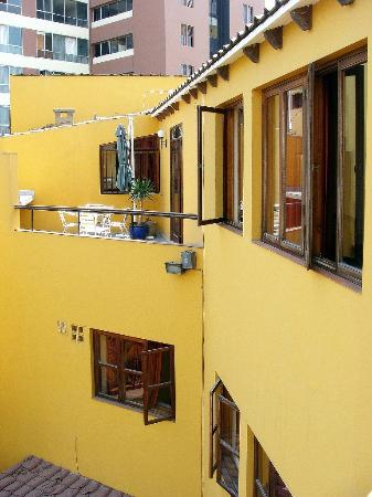 Hotel San Antonio Abad: courtyard 