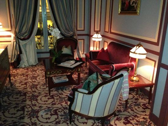 InterContinental Bordeaux Le Grand Hotel: Junior Suite 2
