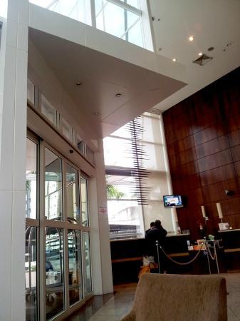Tryp Sao Paulo Nacoes Unidas Hotel: Entrada do hotel