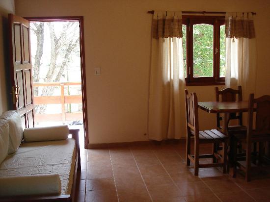 Posada Las Dunas: Living-Comedor Apartamento 4 personas