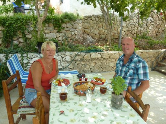 Hotel Sema : Fresh breakfast on the terrace