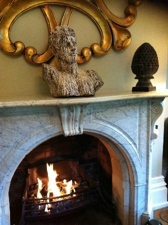 Beechfield House: Fireplace in the bar