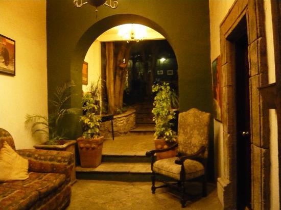 كاسا كويتزال: Inside the hotel