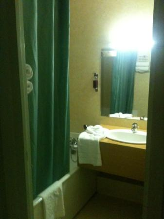 Hostellerie St-Vincent : salle de bain